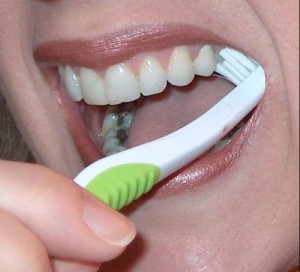 tooth decay symptoms and treatment