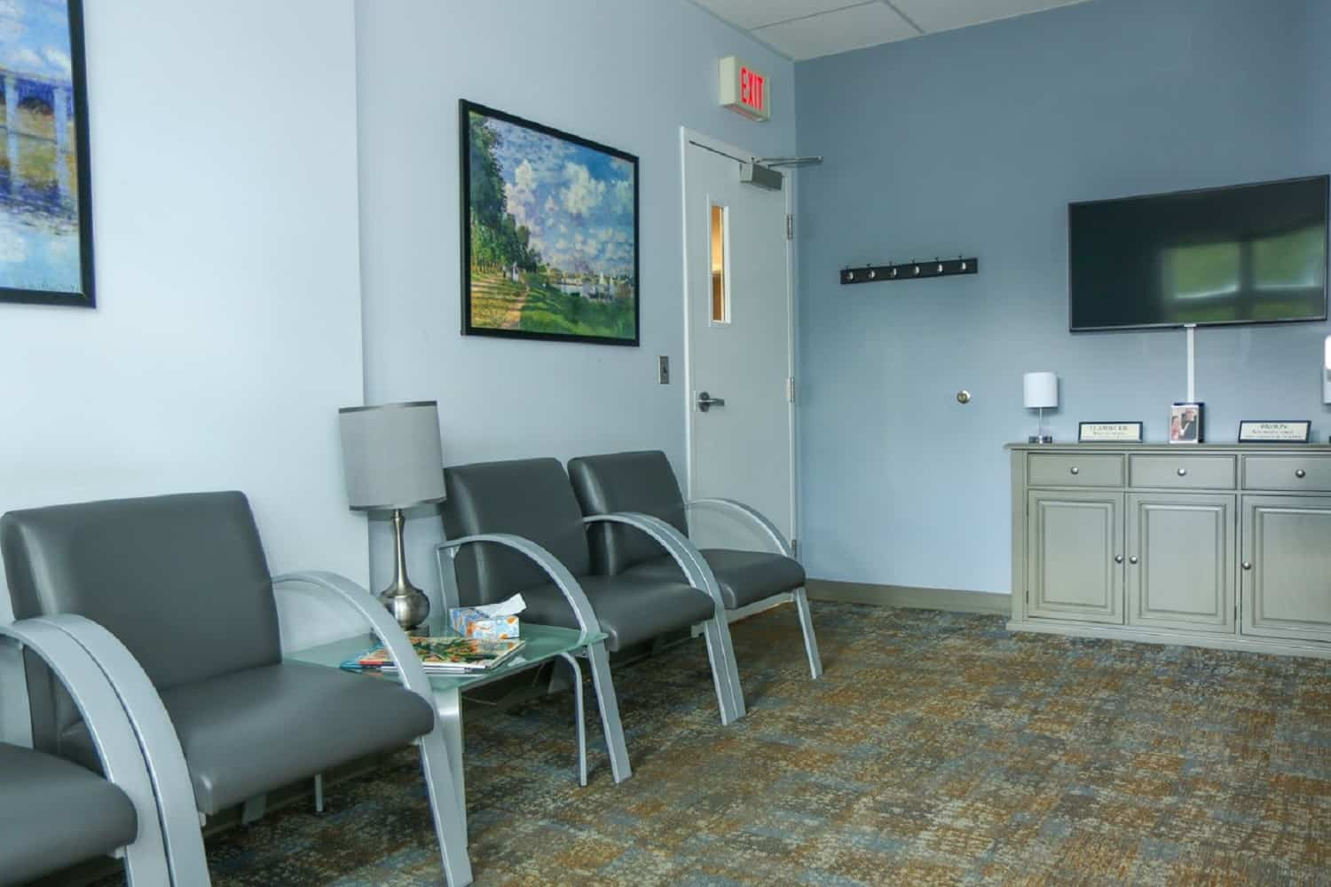 reception and entrance - Dr. Jack T. Kayton in Charlottesville