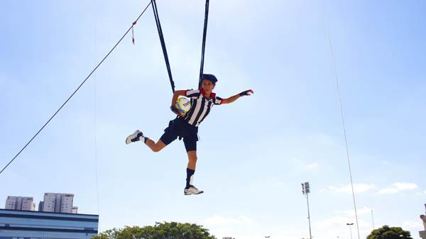 circo-futebol-voador-base-