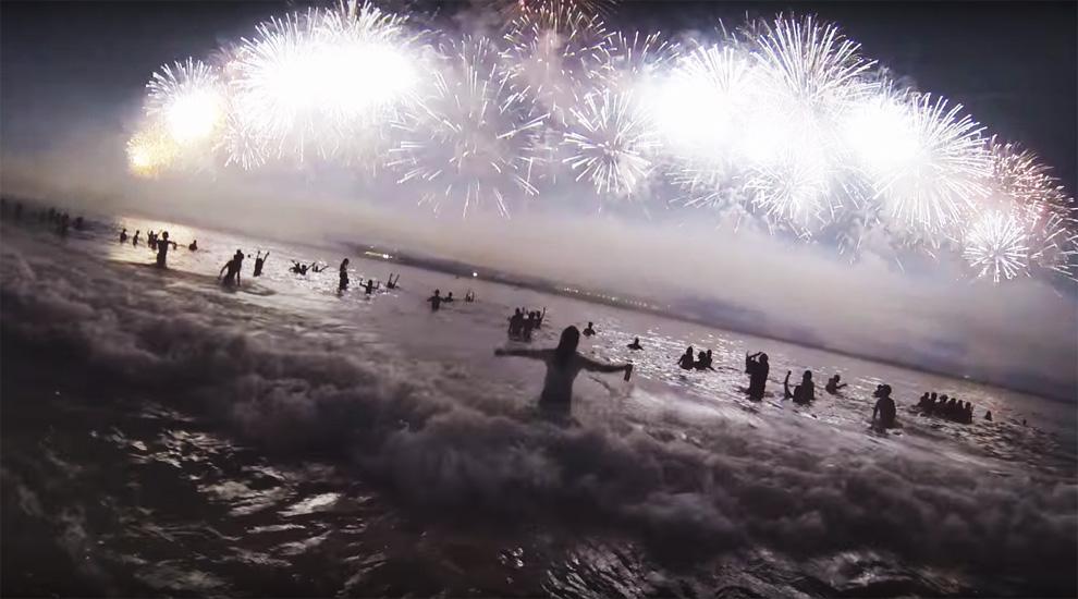fuochi-artificio-copacabana-rio-de-janeiro