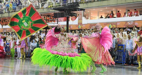 mangueira-carnaval-2016