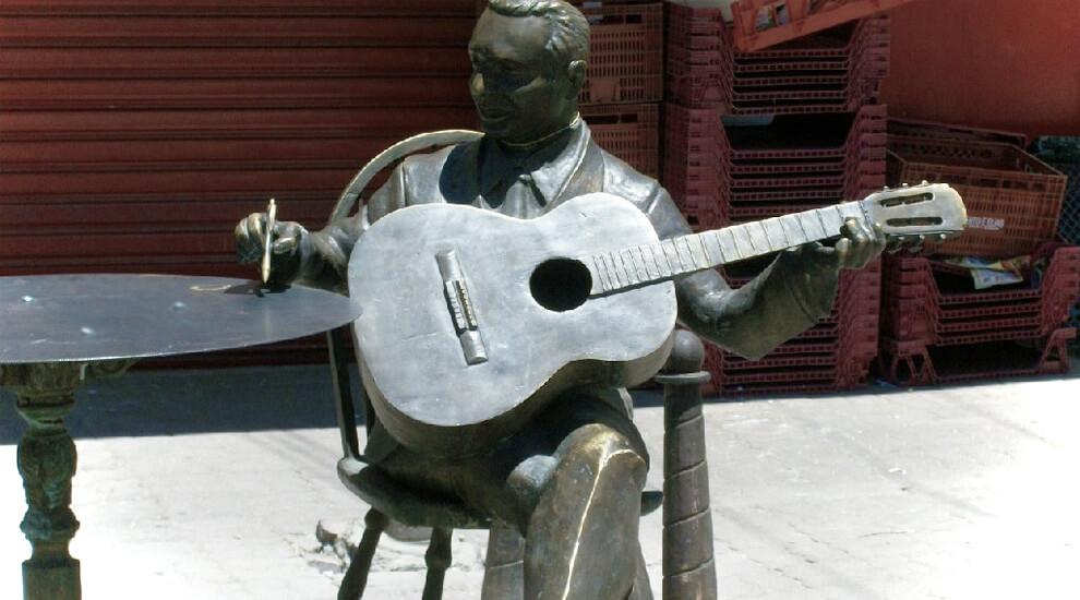statua-adelino-moreira-rio-de-janeiro