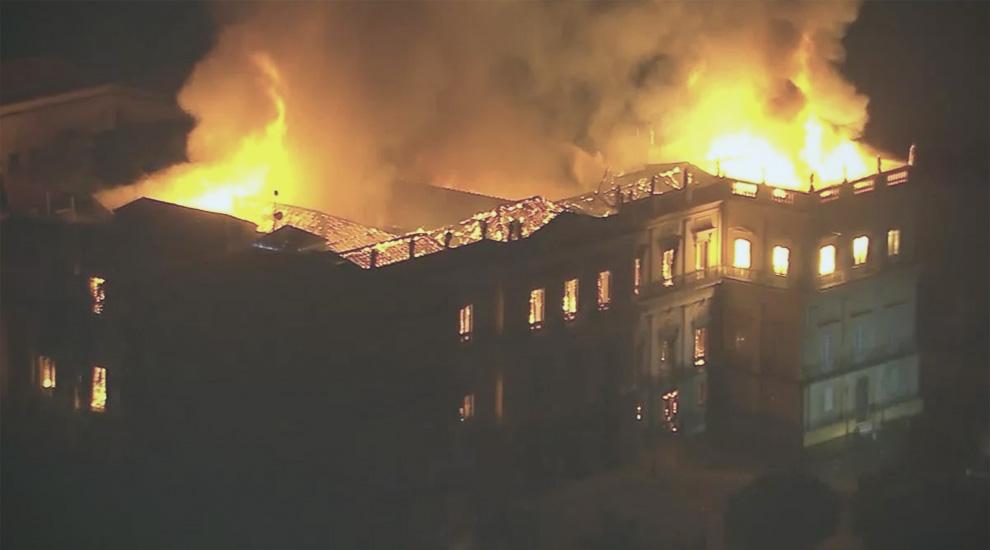 museo-nazionale-rio-de-janeiro-incendio