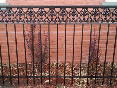 11 Great Reasons to Choose an Iron Fence