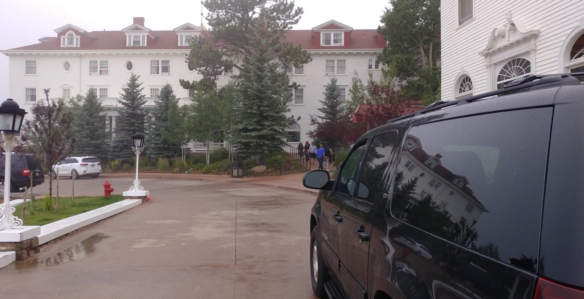 Stanley Hotel private transportation, SUV arriving to The Stanley Hotel