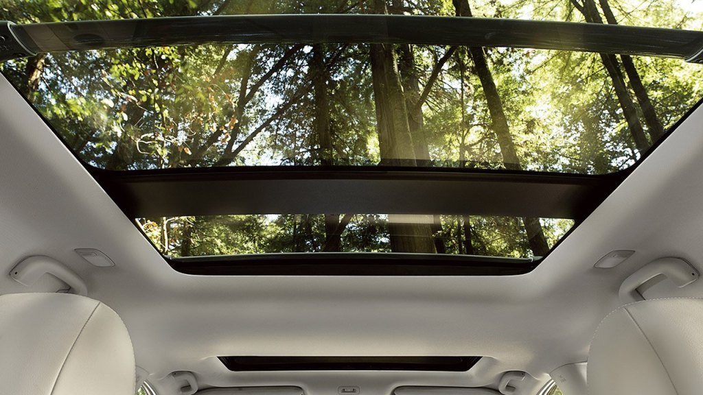 2017-nissan-pathfinder-dual-panel-panoramic-moonroof-large
