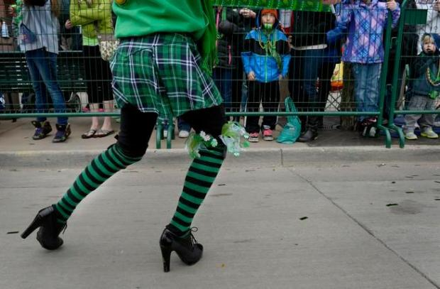 Annual Denver St. Patrick's Day parade winds through LoDo ...