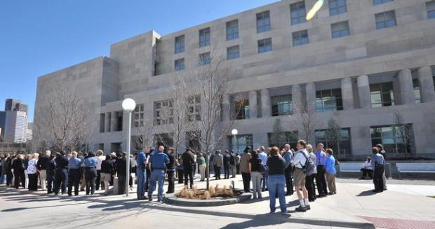 Inmate commits suicide in downtown Denver jail Monday ...