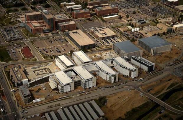 CENTENNIAL, CO. - April 24, 2015: Aerial photo's of photo vans at Arapaho County Courthouse, VA hospital construction. April 24, 2015 Centennial, CO (Photo By Joe Amon/The Denver Post)
