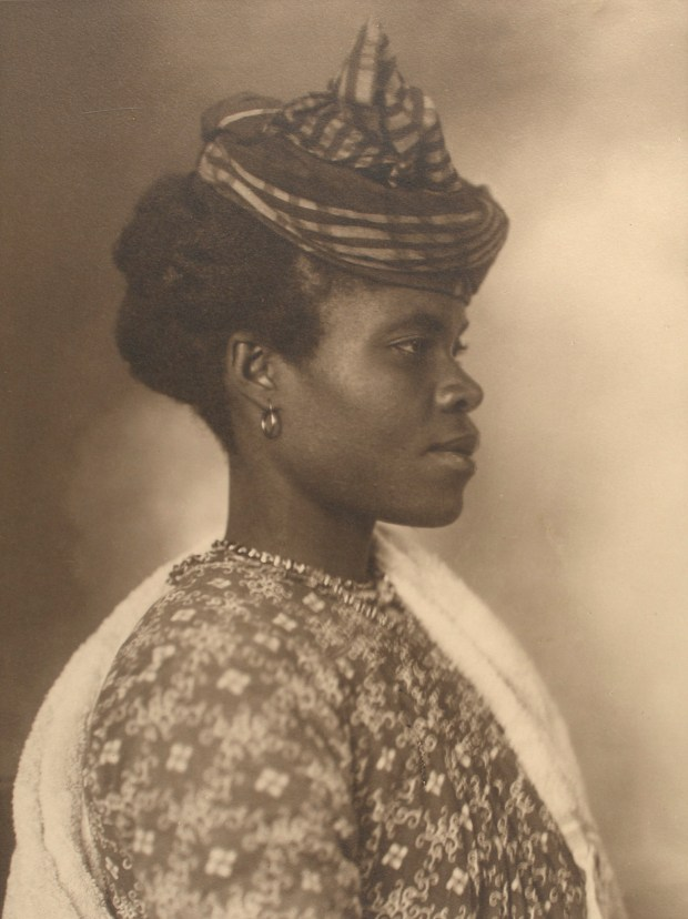 Guadeloupean woman. Photo courtesy of New York Public Library Digital Collections.