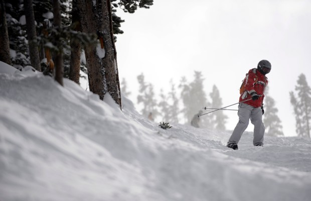 (AC) DENVER,CO--DECEMBER 26TH-- 2008--A skier takes on the Cramner run at the Winter Park Ski Area Friday afternoon. THE DENVER POST/ ANDY CROSS