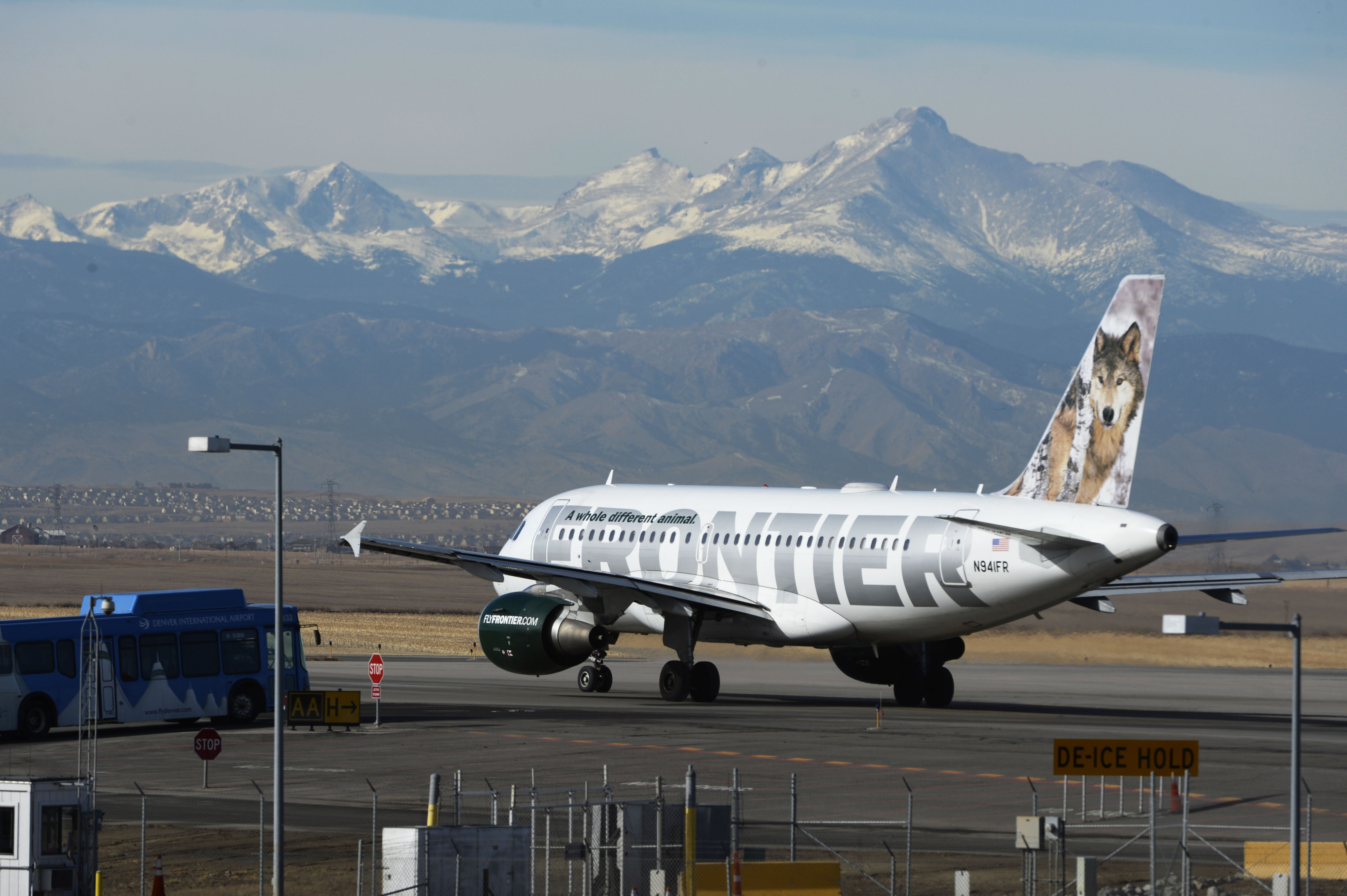 Frontier airlines airplane