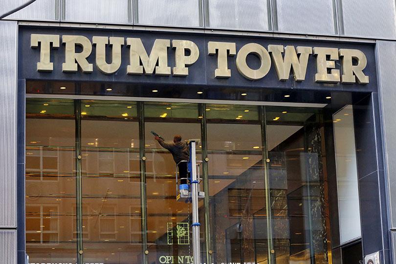 Donald Trump Was Caught Peeking at Melania's Ballot