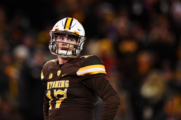 Josh Allen (17) of the Wyoming ...