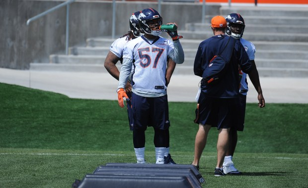 Denver Broncos defensive end DeMarcus Walker ...