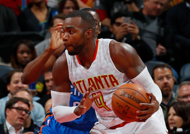 Paul Millsap #4 of the Atlanta ...