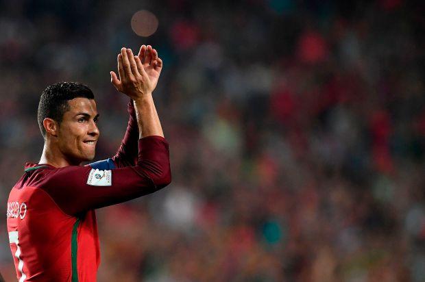 Portugal's midfielder Cristiano Ronaldo