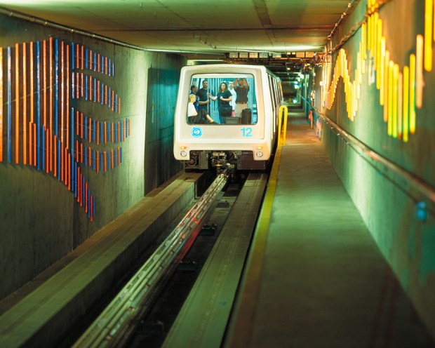 Denver International Airport's Automated Guideway Transit ...