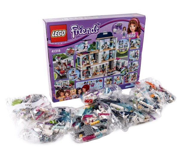 Lego Friends Heartlake Hospital. ...