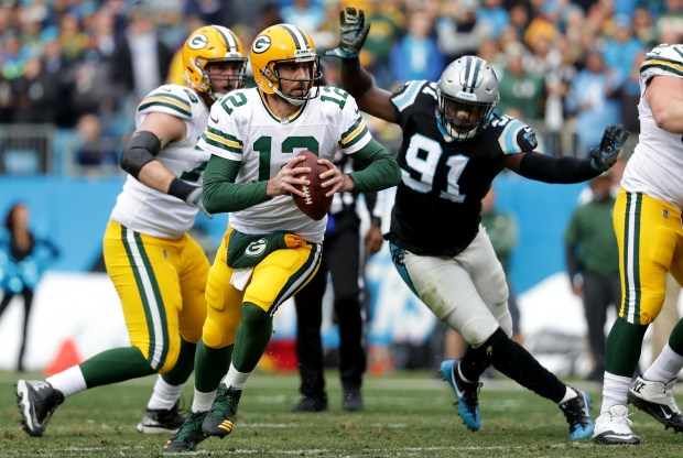 Aaron Rodgers #12 of the Green ...