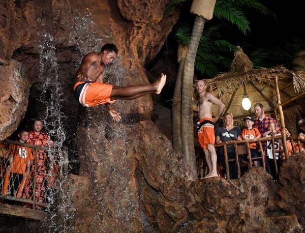 Casa Bonita cliff diver Abdul Yacubu ...