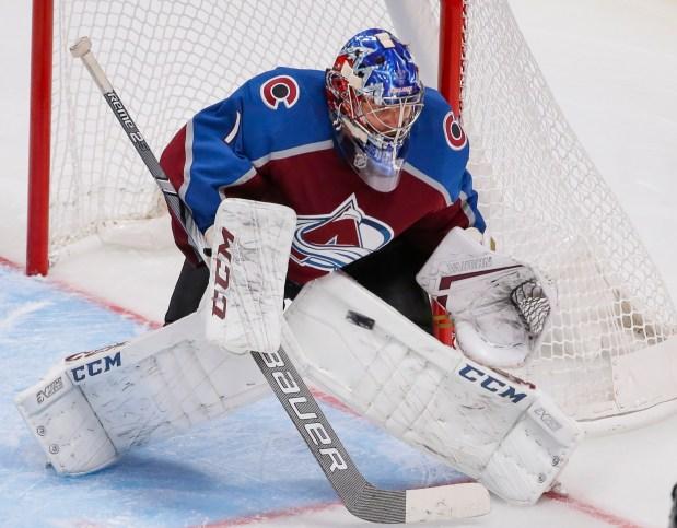 Colorado Avalanche goaltender Semyon Varlamov (1) ...