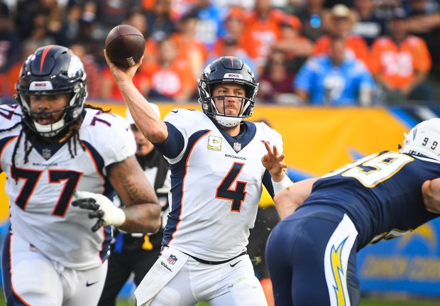 Quarterback Case Keenum #4 of the ...