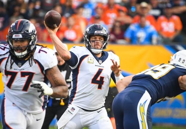 Quarterback Case Keenum #4 of the ...