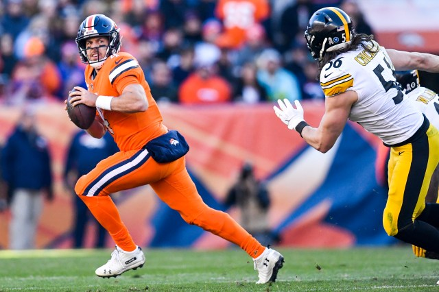 Kiszla Whats Best Way For The Broncos To Win More By Asking Quarterback Case Keenum To Do Less