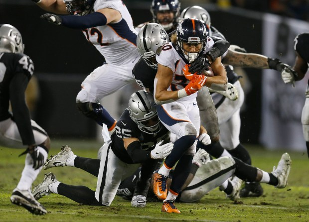 Denver Broncos running back Phillip Lindsay ...