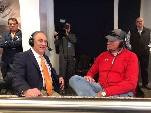 Broncos head coach Vic Fangio, left, talks with Dave Logan at Dove Valley on Jan. 10, 2019.