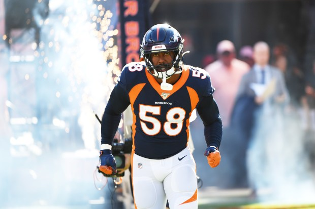 Denver Broncos outside linebacker Von Miller ...