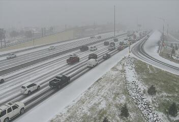 Multiple cities on accident alert, road conditions worsening due to ice and snow in metro Denver