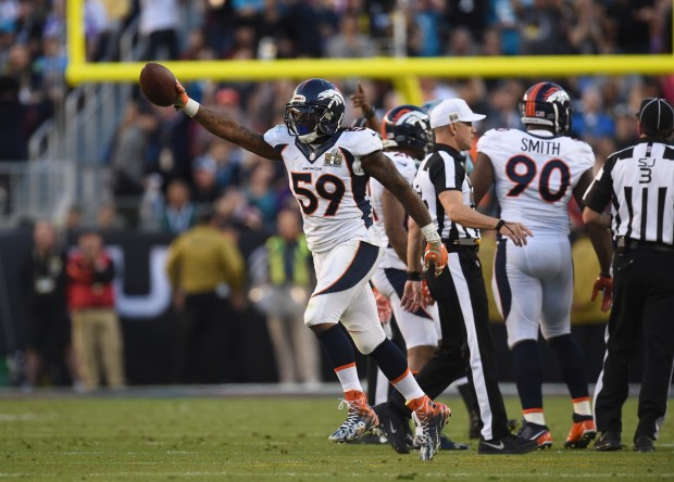 Danny Trevathan (59) of the Denver ...