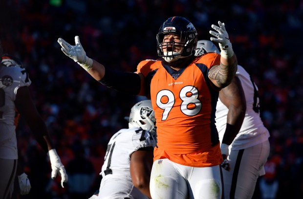 Denver Broncos nose tackle Mike Purcell ...