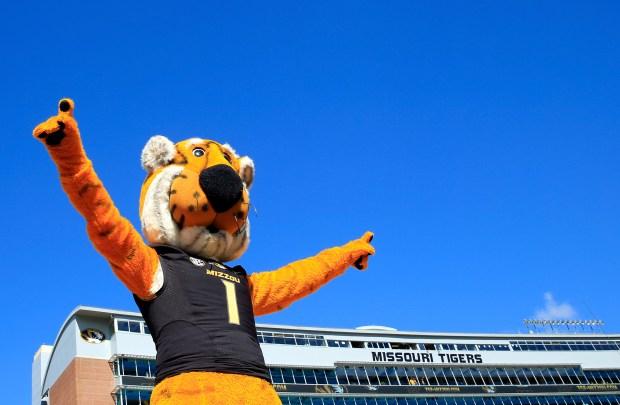 The Missouri Tigers mascot, Truman the ...