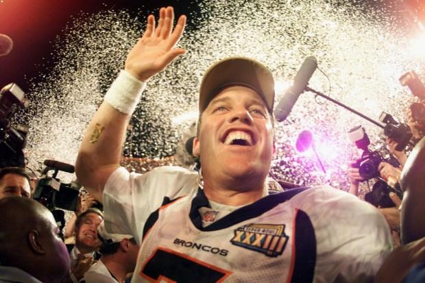 [SB33] Caption: MIAMI - Denver Broncos ...