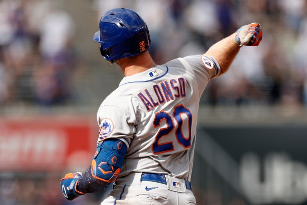 New York Mets' Pete Alonso reacts ...