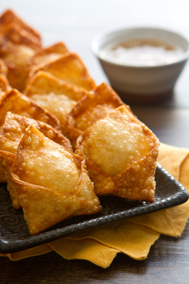 what is in a crab rangoon