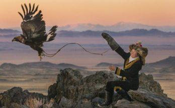 the eagle huntress, eagle huntress, huntress, review, documentary, movie, depepi, depepi.com