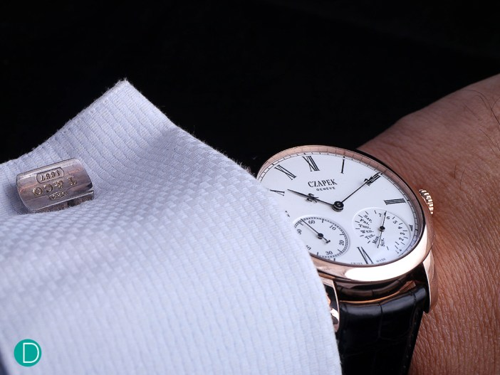 On the wrist, the Czapek No 33 is quite comfortable. The case measures 43.4mm in diameter and is available in rose or white gold.