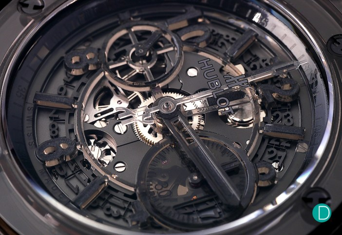The transparent dial is made with resin, and reveals the date wheel and dial-side plate of the Unico movement.