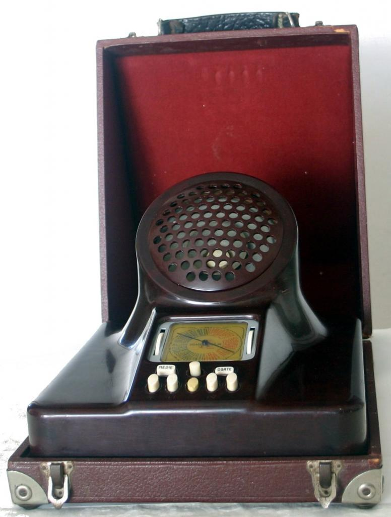 Phonola-563-con-custodia