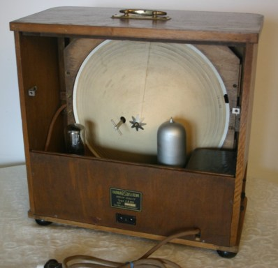 Radio Loewe EB100 - con 3NFW