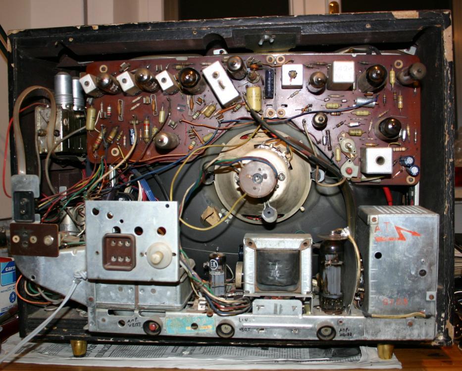 "TV Telefunken TTV26M/19"" - chassis"