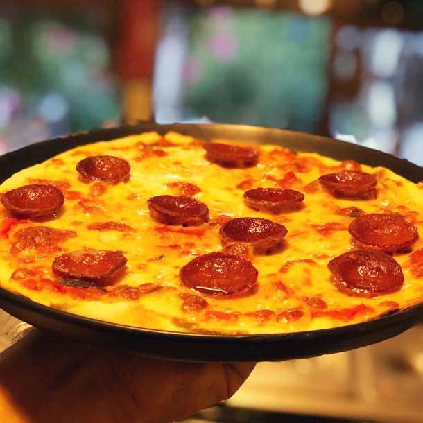 Kasap Sucuklu Pizza