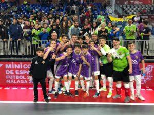 El Palma Futsal celebra el pase a la final de la Minicopa con la afición