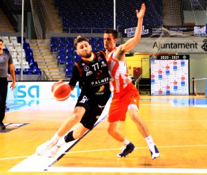 Palmer Alma Mediterránea vs Leyma Coruña