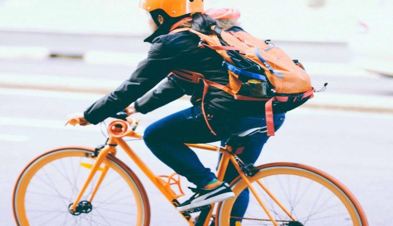 beneficios de montar en bicicleta