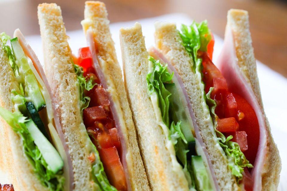 Sandwich precocinado